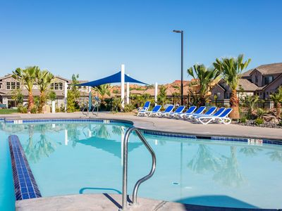 Photo for Emerald Pools-JUST REDUCED 30%!! FAMILY CAN RELAX AND ENJOY!  BIKES!