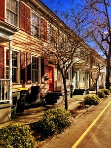 Charming historic townhouse, steps from downtown