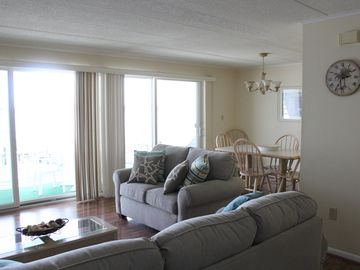Bayfront Condo overlooking water!  Across the street from the Beach!!