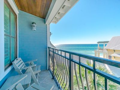 """Photo for """"Uno Mas"""" Inlet Beach Vacation Rental Steps from Gulf & Rosemary + Beach Chairs!"""