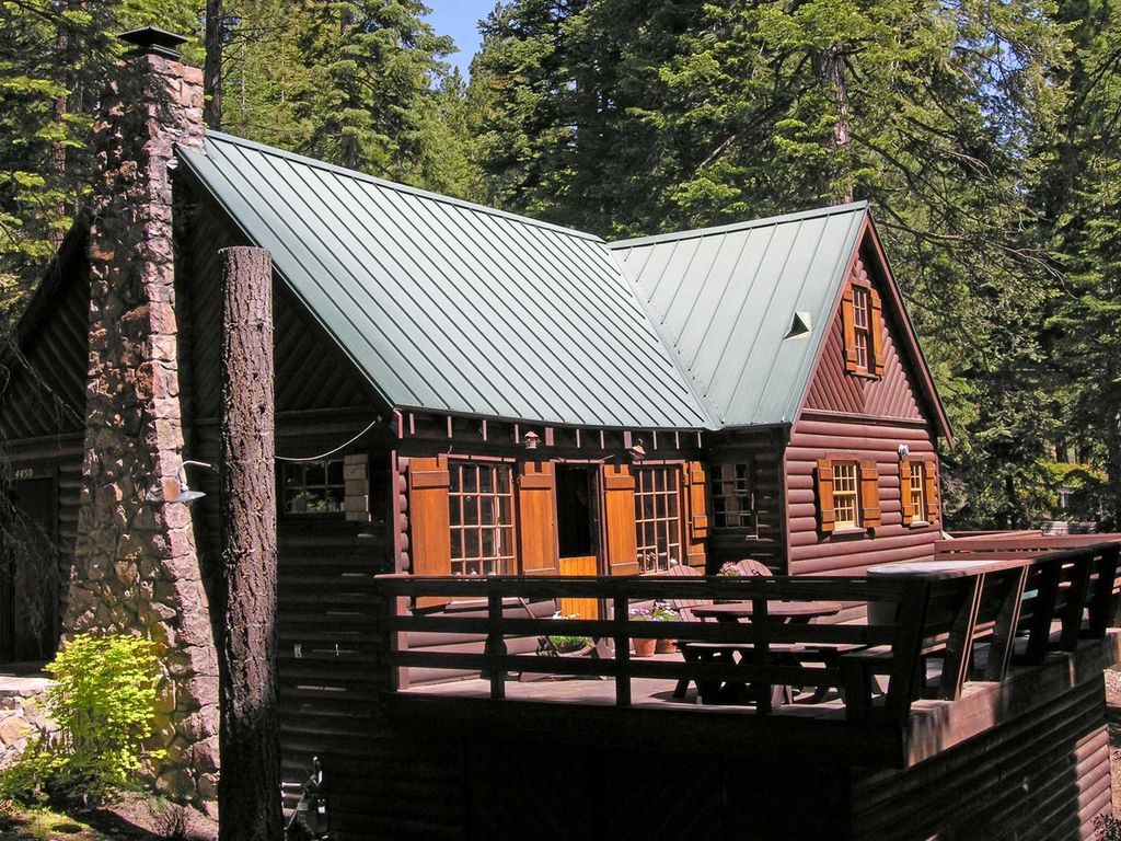 Gundy 39 s getaway a lake tahoe log cabin c vrbo for Cabin rental tahoe