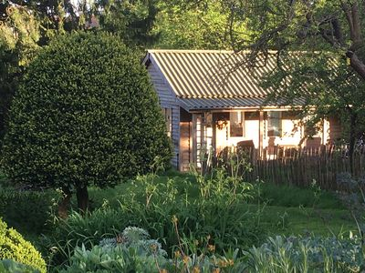 Photo for The Flowerbed Shed, surrounded by greenery, a rural retreat just 7m from Oxford