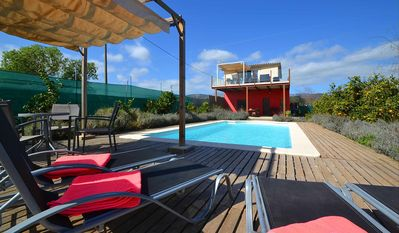 Photo for Modern country house with pool and panoramic views for 4 people
