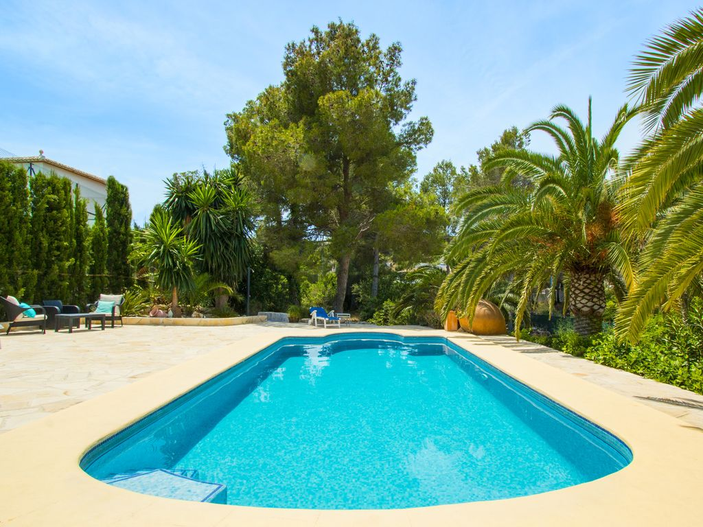 Javea Villa with private garden and pool with gym Wifi & A/C, Javea ...