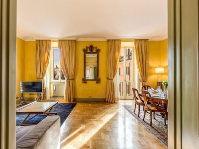 Photo for Apartment in the center of Rome with Internet, Air conditioning, Lift, Washing machine (442447)