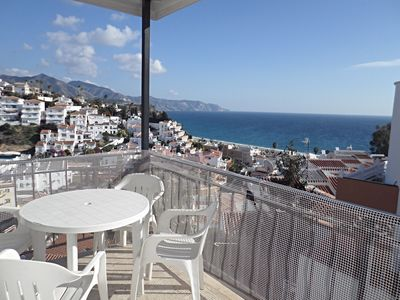 Photo for Pretty apartment 5 minutes to Burriana beach, 4 bedrooms