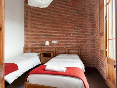 Photo for Amazing classic apartment by Sagrada Familia with balcony and free wifi
