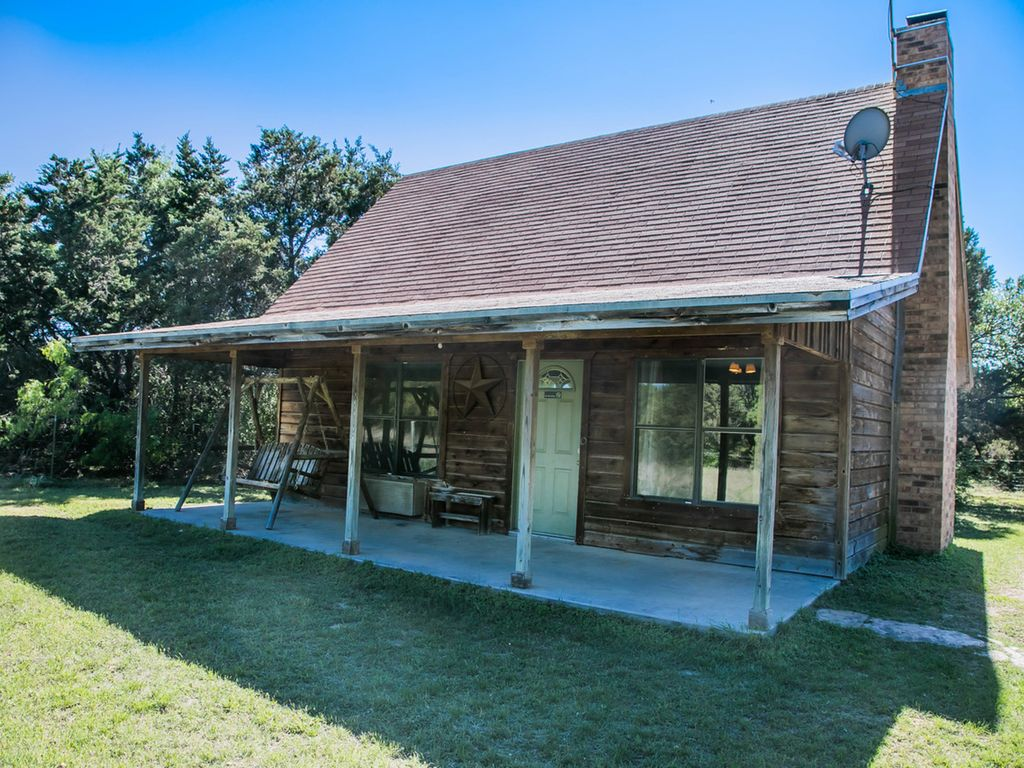 Family Cabin On 150 Secluded Acres Vrbo