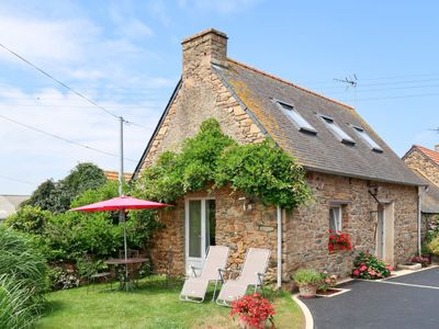 Photo for Vacation home L'Hirondelle (SJD202) in Saint Jean du Doigt - 2 persons, 1 bedrooms