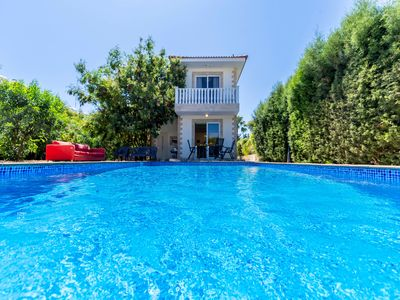 Photo for Nissi 3 bedroom villa for 8 persons