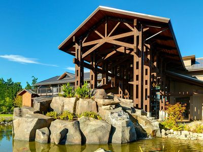 Photo for Luxurious Vancouver Island Getaway! Waterfront Property, Family Friendly Area
