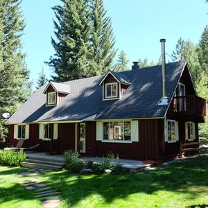 Photo for Creekside Chalet in the Crystal River Valley