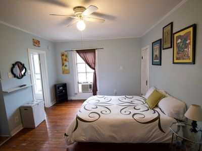 Photo for 1Br/1Ba. Wine & Chocolate for more than one night stays. Free WiFi. Kitchenette.