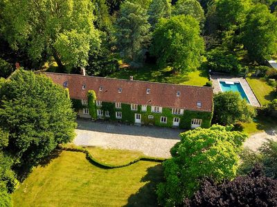 Photo for Big house of character, 15pers, swimming pool, horses, organic farm, park.