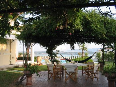 The central patio of the garden with outstanding view to Porto Heli & Spetses