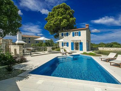 Photo for Newly built holiday home in traditional istrian style with pool