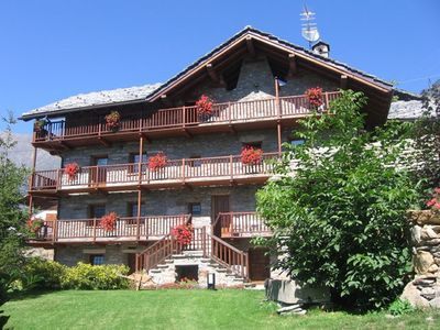 Photo for 2BR Chalet Vacation Rental in FONTAINEMORE, AOSTA