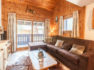 Photo for Cosy and charming apartment with easy access to slopes - Méribel