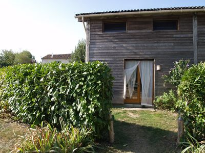 Photo for Accacia, lodging 2 rooms 4 people, privative garden, swimming pool.