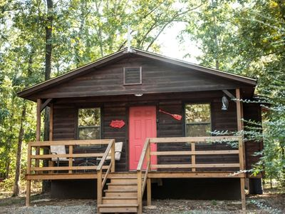 Photo for Rustling Oaks - Easy Couples Getaway