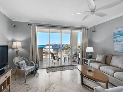 Photo for Gulf Front w/ Beach Service - Breathtaking Views!