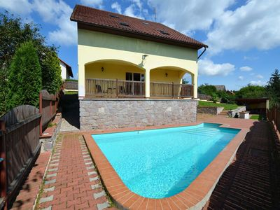 Photo for Detached Villa Justine with pool with covered terrace in fenced garden