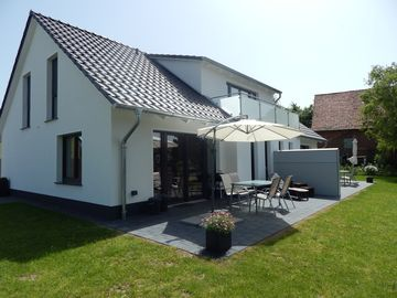 Precious furnished house - Nordstern