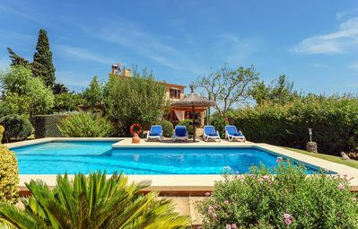 Photo for Delightful Villa for families and friends in a private setting