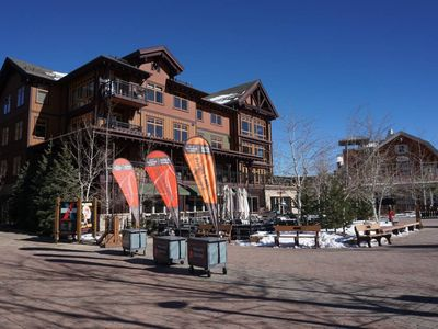 Photo for Corner unit facing the slopes, Restaurants, Shops, and Gondola (203160-9297)