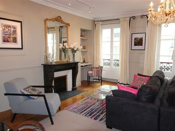 Beautifully renovated 2 Bedroom Apt. in the heart of St. Germain des Pres