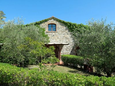 Photo for One bedroom Villa, sleeps 6 in Podere Dottrina with Air Con and WiFi