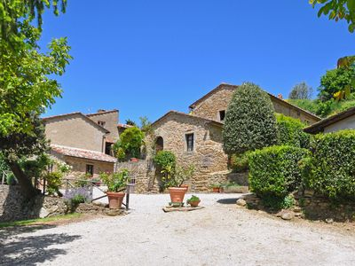 Photo for Apartment in Cortona with 1 bedrooms sleeps 4
