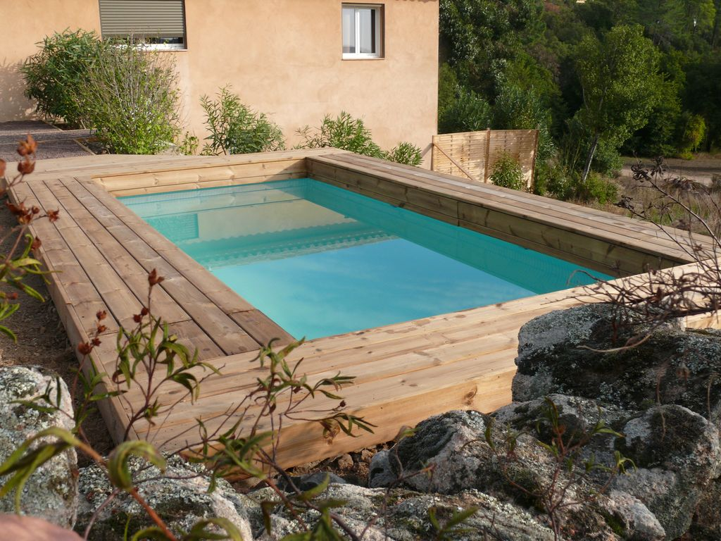 Villa contemporaine 160 m avec piscine privee corse for Villa avec piscine corse