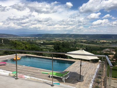 Photo for Luxury villa Lubéron Provence heated pool and panoramic views