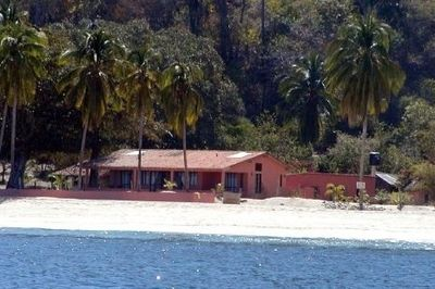 A view of the house from the panga as you come in from Boca,,, can't miss it!!