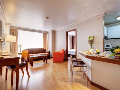 Photo for Nice suite confort for you stay in Bogota ¡How your home with hotel services!