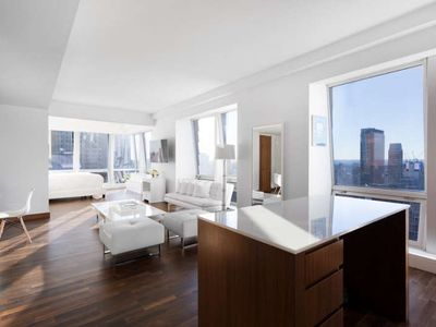 Photo for 2BR Villa Vacation Rental in New York, New York