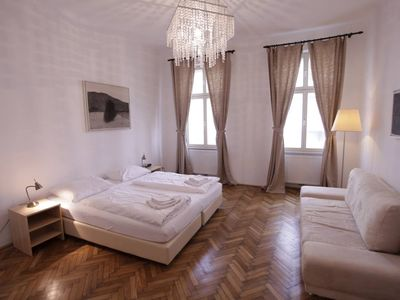 Photo for Nice 3-room apartment at the Augarten