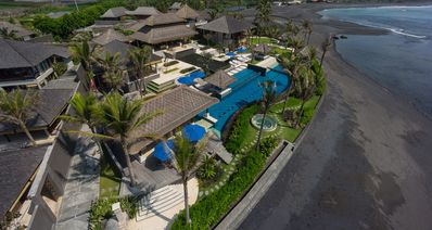 Photo for Absolute 6 Bedroom Beach Front Villa in Pabean Beach;