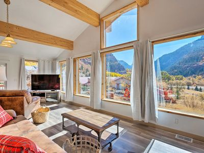 Photo for Stunning Ouray Escape w/ Panoramic Mountain Views!