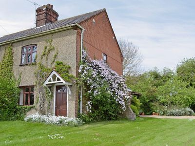Photo for 3 bedroom property in Melton Constable. Pet friendly.