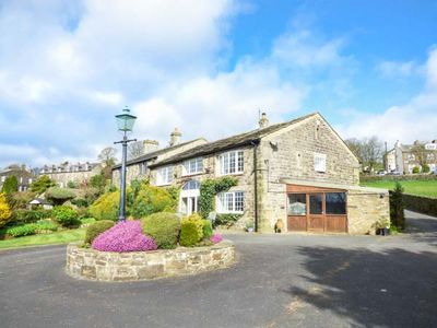 Photo for THE BARN, family friendly, with open fire in Oakworth, Ref 954877
