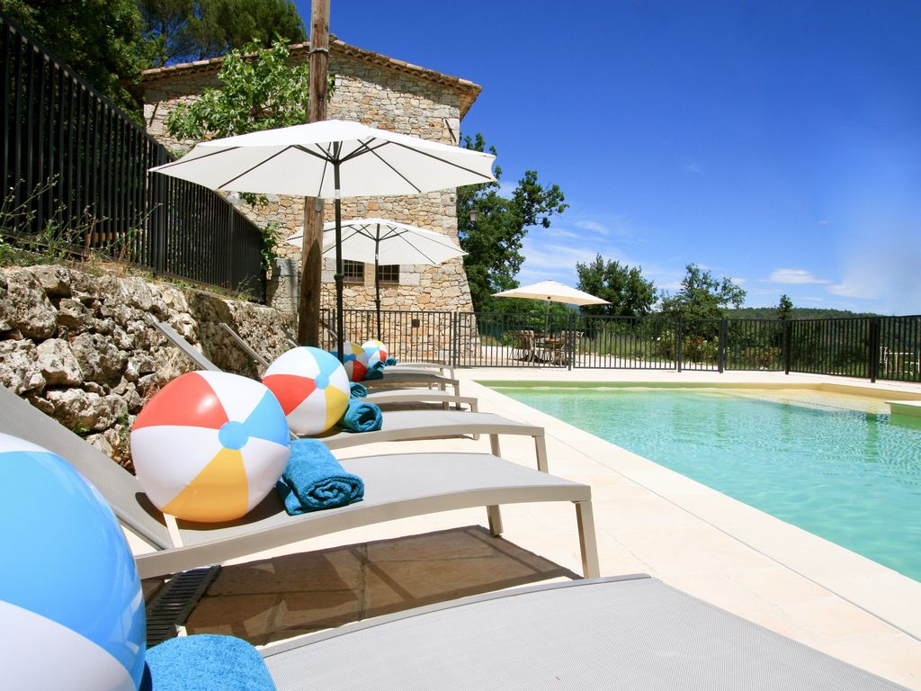 Lounge By The Pool! Heatable And 12m Long With Plenty Of Toys For Little