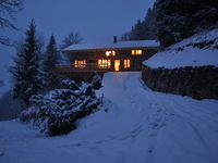 Ideal launchpad for a group ski trip to the Three Valleys