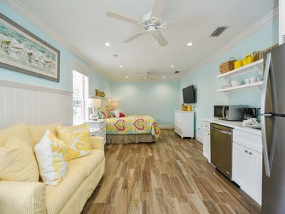 Photo for Tropical Breeze Resort - Studio Suite - Sleeps 3. Unbeatable Value. Located in Siesta Key Village - Short Walk to Beach.  INCLUDED: Daily Housekeeping, Bikes, 2 Pools/1 Spa, Beach Chairs, Beach Towels, WiFi, Parking , Games, BBQs and More!