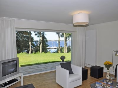 Photo for Luxurious apartment with beautiful sea view overlooking the marina!
