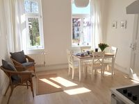 Wonderful apartment - great location - lovely town