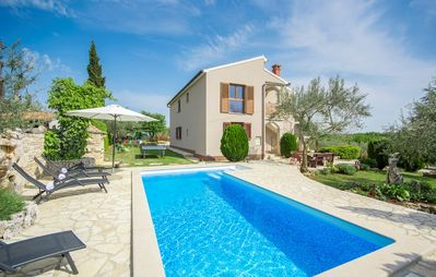 Photo for Attractive Villa Christina with Private Pool near Sv. Lovrec