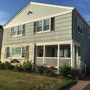 Photo for PRICE DROP! July 20-August 3: 5 Bed/2ba 2 blocks from beach