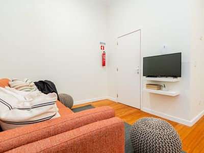 Photo for Flat for 8 with small terrace close to Intendente